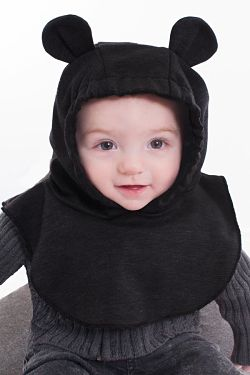 Baby wearing the Belly Bedaine baby hood with bear ears